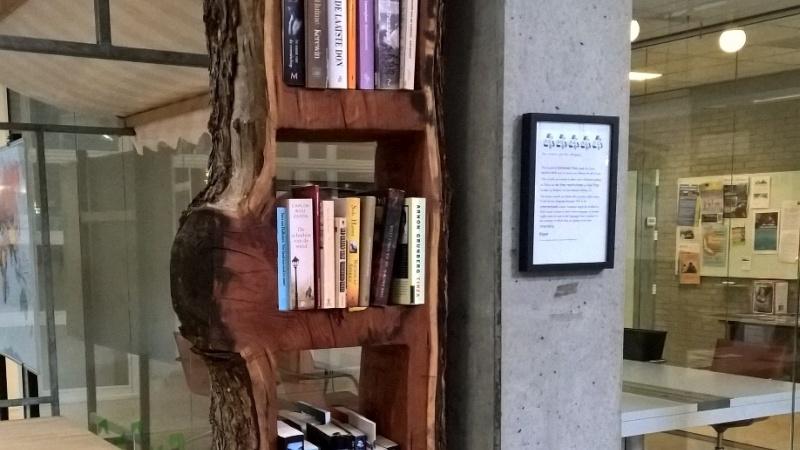 BOOMLOPER - Boekenkast
